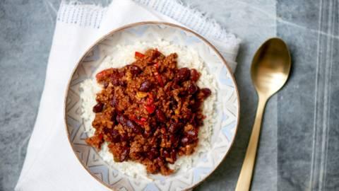Chili con carne på blomkålsris