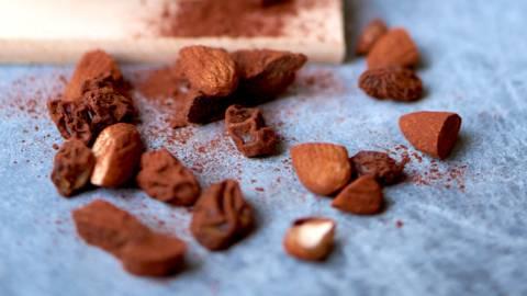 Choko-nødde-rosin-mix med kakao