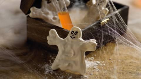 Små spøgelser i marengs