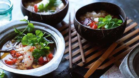 Tom Yam Pla (stærk suppe med fisk og ris, Thailand)