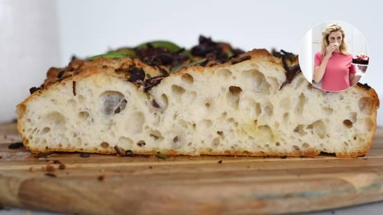 Focacciabrød med oliven og rosmarin
