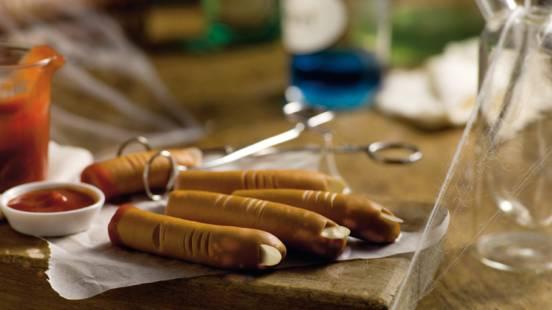 Afhakkede fingre (Pølser med ketchup)