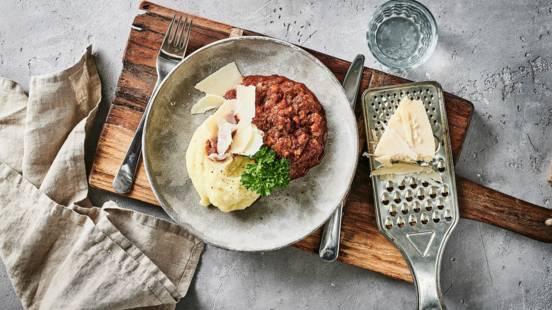 Kødfri kødsauce og kartoffelmos
