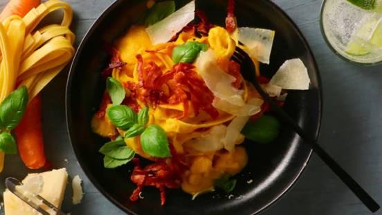 Pasta med gulerod og chorizo