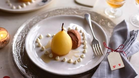 Vaniljepærer med chokoladeis