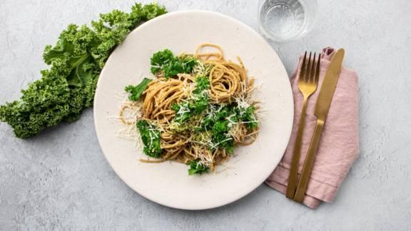 Spaghetti med grønkålspesto