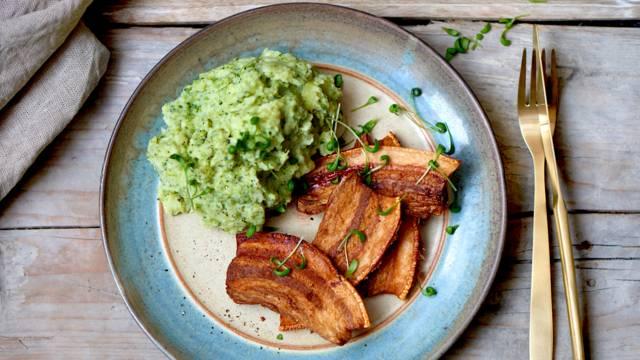 Stegt flæsk med kartoffel- og broccolimos