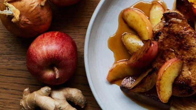 Fadkoteletter med stegte æbler