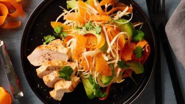 Appelsin og hvidkålssalat