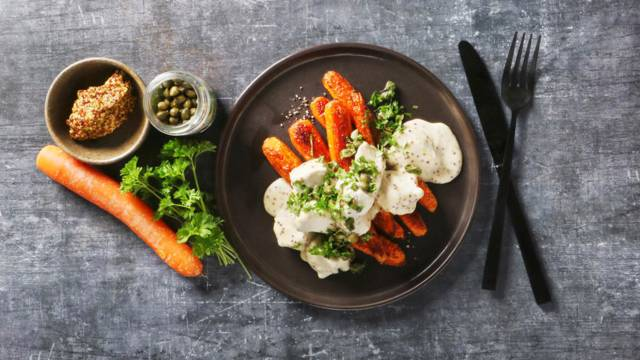 Stegte gulerødder med sennepskylling Lidl