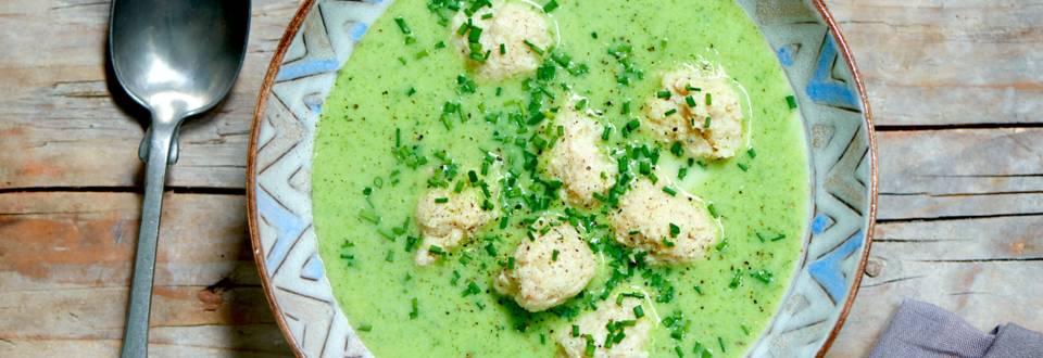 Broccolisuppe med kødboller