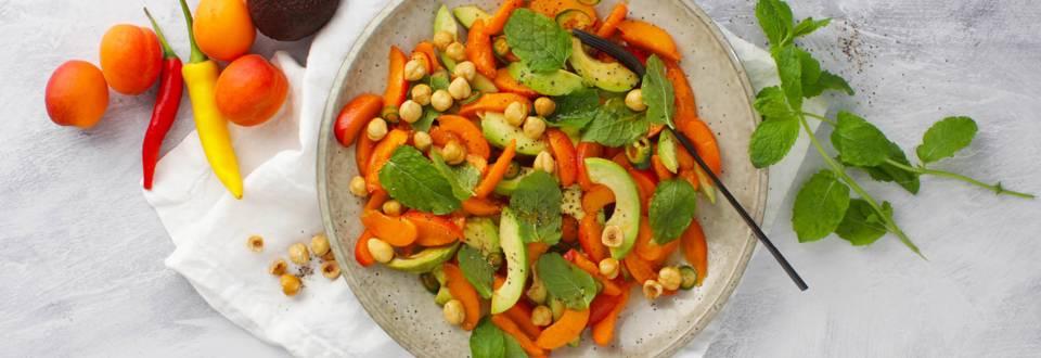 Opskrift på spicy avocado-abrikossalat fra Lidl