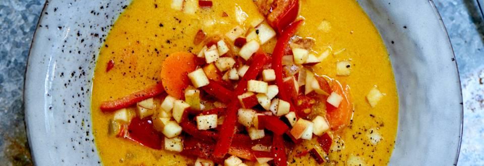 Suppe med gulerødder og hvidløg