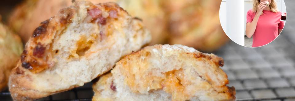 Brødsnurrer med pesto eller tomat