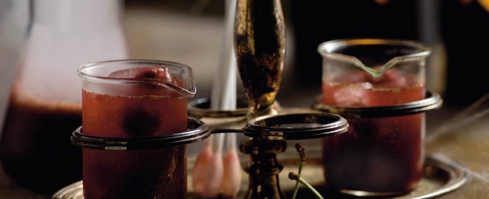 Blodbowle (kirsebærbowle med bitter lemon)