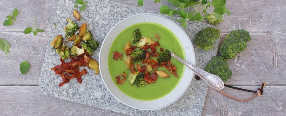 Broccoli-cremesuppe med peberbacon