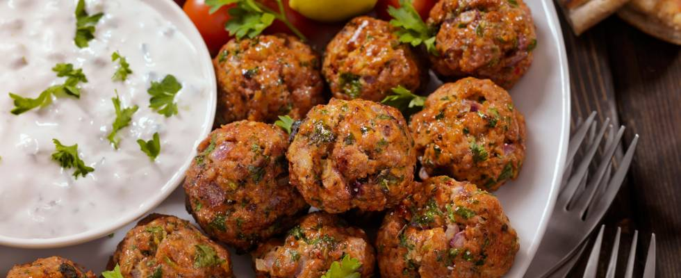 Olivenfrikadeller med fetaost