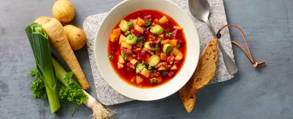 Fyldig suppe med grove grønsager og masser af smag